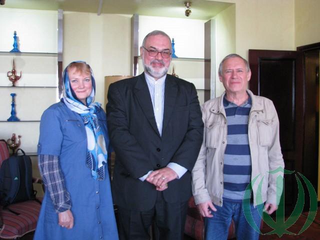 Советник Президента Исламской Республики Иран Реза Саджади (в центре) и В.Н.Галочкин с супругой