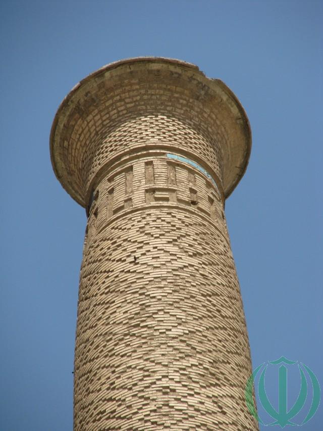 Минарет мечети Али.